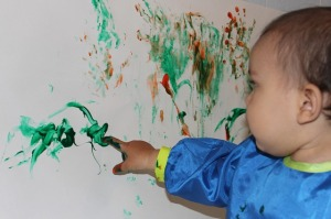 finger-painting-366687_640