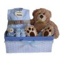 cesta-del-regalo-del-bebe-un-regalo-para-los-recien-nacidos-que-usted-no-puede-ir-mal-con